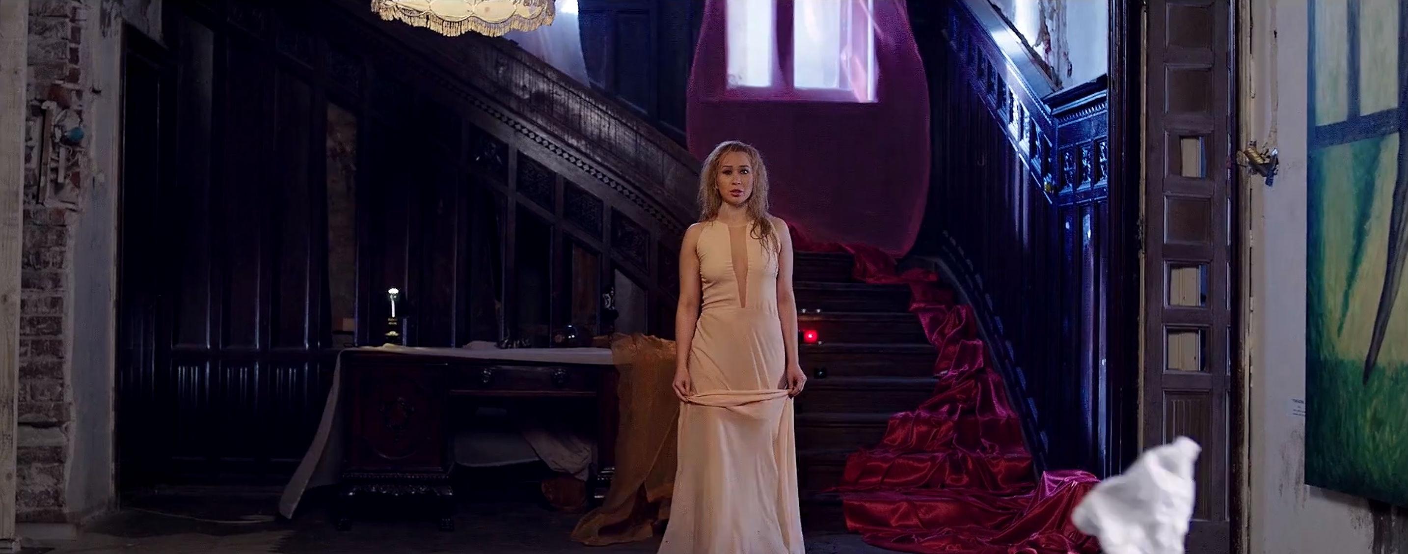 Xonia - You and I (2013) (VideoClip Original)