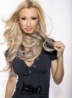 "Andreea Balan isi lanseaza noul album: ""Superwoman"""