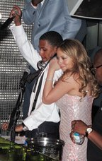 Mariah Carey & Nick Cannon: the official Love Story video