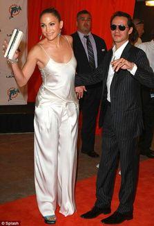 Poza zilei: Jennifer Lopez in pijamale