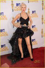 christina-aguilera-mtv-movie-awards-2010-05.jpg