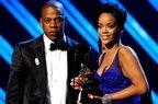 Rihanna feat Jay-Z - Talk That Talk (piesa noua)