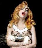 """Lady Gaga lanseaza un intreg EP cu remixuri ale piesei """"You And I""""!"""