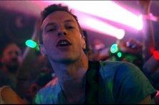 Coldplay - Charlie Brown (videoclip)