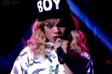 Rihanna - Talk That Talk (live @Jonathan Ross )