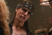 "Tom Cruise il ""imita"" pe Bon Jovi in noul trailer ""Rock of ages"""