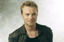 Ronan Keating - Fires (single nou)