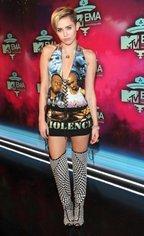 MTV EMA 2013 - Covorul Rosu
