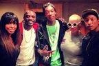Wiz Khalifa feat. Akon - Let It Go (live @ Jay Leno)