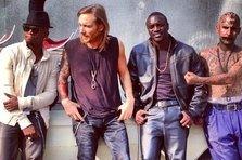 David Guetta, Akon, Ne-Yo - Play Hard (videoclip)