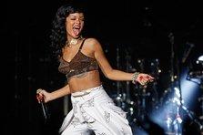 Rihanna lanseaza documentarul 777 Tour (trailer)