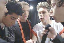 "One Direction lanseaza filmul ""Astia suntem"" in Romania!"