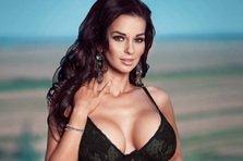 Adina Barbu, cei mai mari sani pe coperta Playboy octombrie