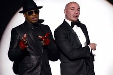 Pitbull feat. Ne-Yo - Time of Our Lives (videoclip)