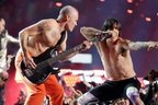 Red Hot Chili Peppers lanseaza un nou album in 2015