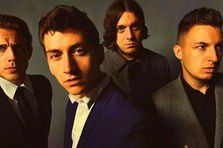 Arctic Monkeys - Arabella (videoclip NSFW)