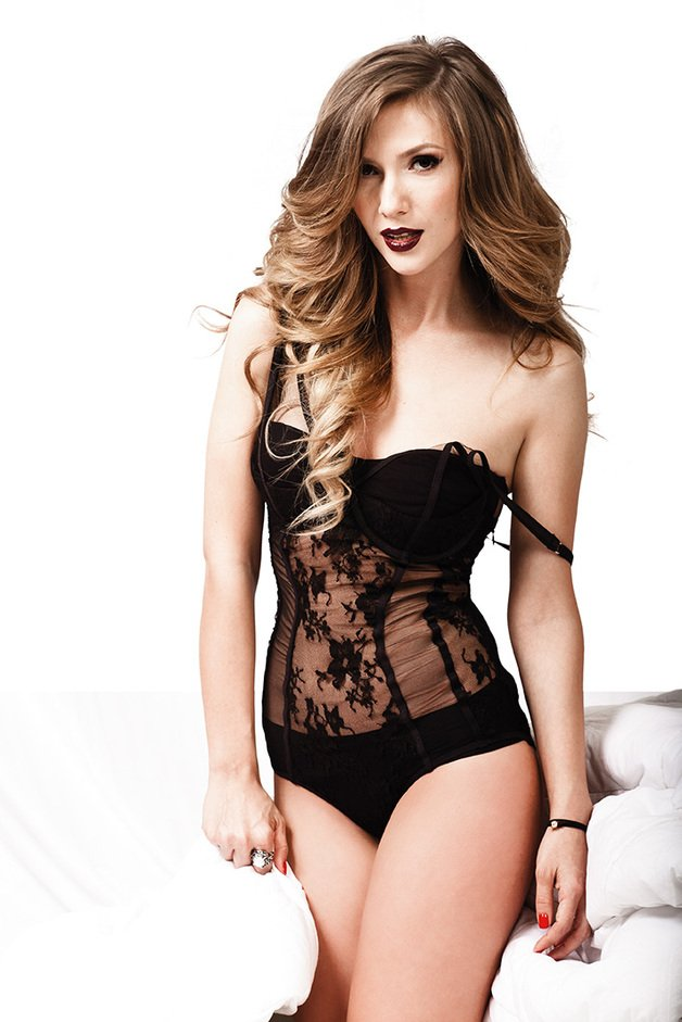 taboo sexy tits pics