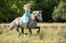Cinderella - poster si teaser trailer