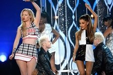 Vezi cea mai tare parodie dupa Ariana Grande - Problem!