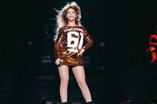 Beyonce - Get Me Bodied, Girls, Haunted (live@Mrs. Carter World Tour)