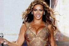 Beyonce - Blow (live@Mrs. Carter World Tour)
