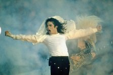 Michael Jackson & Queen - There Must Be More to Life Than This (piesa noua)