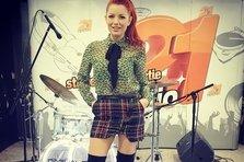 Elena Gheorghe, Glance & Naguale - In bucati (live@radio21)