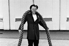 Armin van Buuren feat. Cimo Frankel - Strong Ones (videoclip nou)