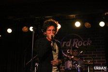Fameless, in drumul spre faima (poze si recenzie @ Hard Rock Cafe)