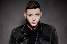 James Arthur revine in Romania