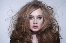 Adele are un super debut in SUA si stabileste un nou record!