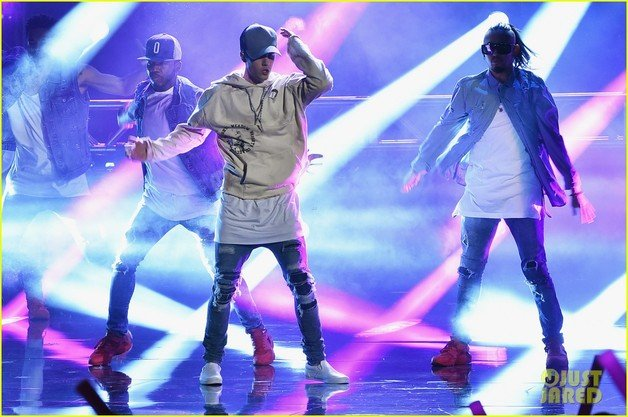 ... foto: American Music Awards 2015 - Castigatori, showuri live, poze