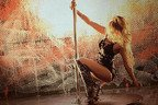 Sylvia danseaza la bara in Let Me Love Ya (videoclip)