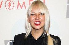 Sia, Giorgio Moroder - Deja Vu (videoclip)