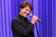 Tom Cruise face un super playback pe The Weeknd (video funny)