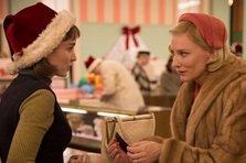 Rooney Mara si Cate Blanchett traiesc o poveste de dragoste in CAROL (trailer)