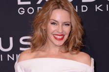 Kylie Minogue lanseaza un album surpriza!