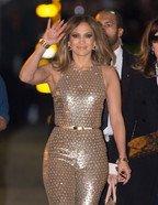 Jennifer Lopez se da in vant dupa reduceri