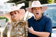 Lady Gaga conduce in cel mai nou episod Carpool Karaoke