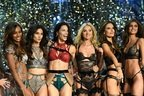 Bruno Mars, Lady Gaga, The Weeknd live la Victoria's Secret Fashion Show (video)