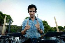 Michael Canitrot: Fanii imi dau mereu de baut la concerte (interviu)