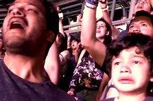 Reactia unui copil cu autism la concertul trupei Coldplay (video)