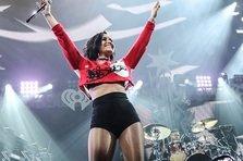 Pink, Justin Bieber, Demi Lovato si altii canta la Billboard Music Awards