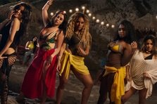 Fifth Harmony feat. Fetty Wap - All in My Head (videoclip)