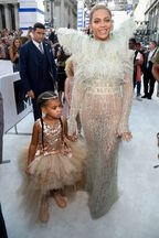 Blue Ivy, fiica lui Beyonce si a lui Jay Z, in lumina reflectoarelor la MTV 2016 Video Music Awards