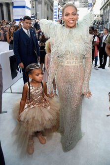 Blue Ivy, fiica lui Beyonce si a lui Jay Z, in lumina reflectoarelor la MTV 2016 Video Music Awards