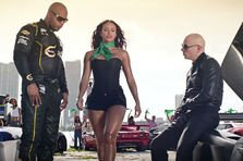 Pitbull feat. Flo Rida & LunchMoney Lewis  - Greenlight (videoclip nou)