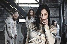 """ARTmania: Naluci si spirite in Transilvania cu Lacuna Coil, """"nasii"""" rock-ului italian"""