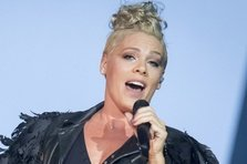 Pink - What About Us (videoclip nou)