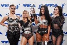 Cine a beneficiat de pe urma MTV VMA in vanzari?